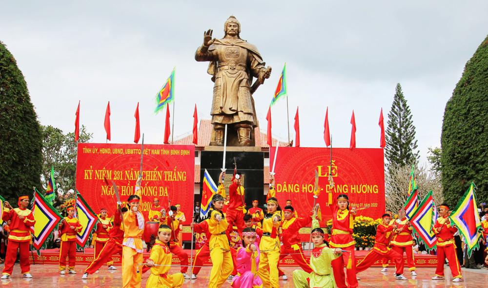 Biểu diễn võ thuật trong Lễ hội Đống Đa Tây Sơn Bình Định
