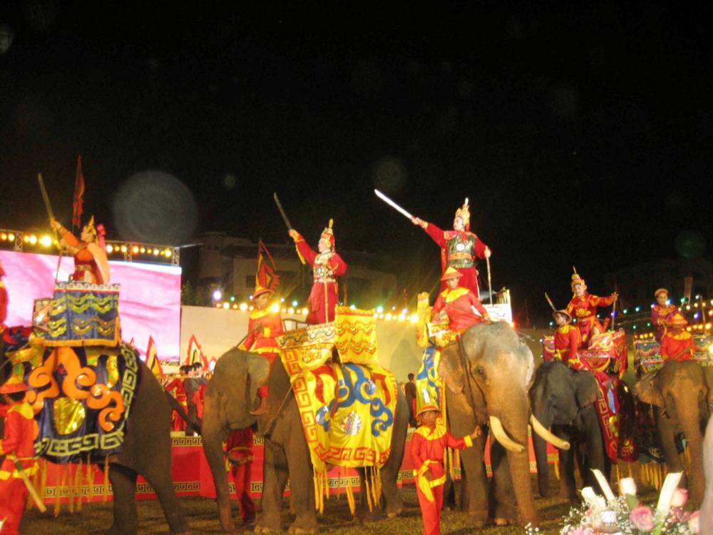 Tái hiện hình ảnh Vua Quang Trung chuẩn bị xuất binh